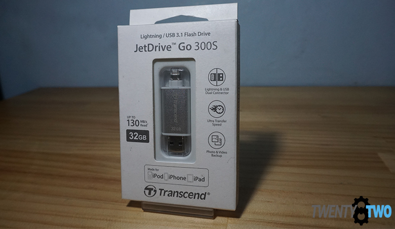 transcend-ios-apple-flashdrive-300s-unboxing-standard-packaging