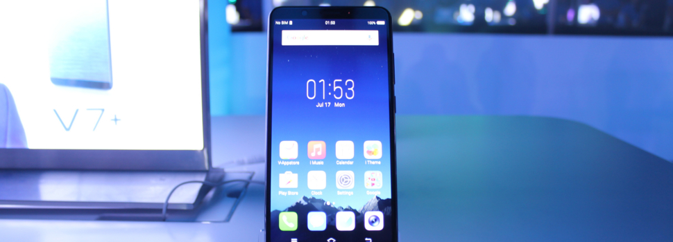 Vivo launches their bezel-less and 24 MP selfie cam-equipped V7+